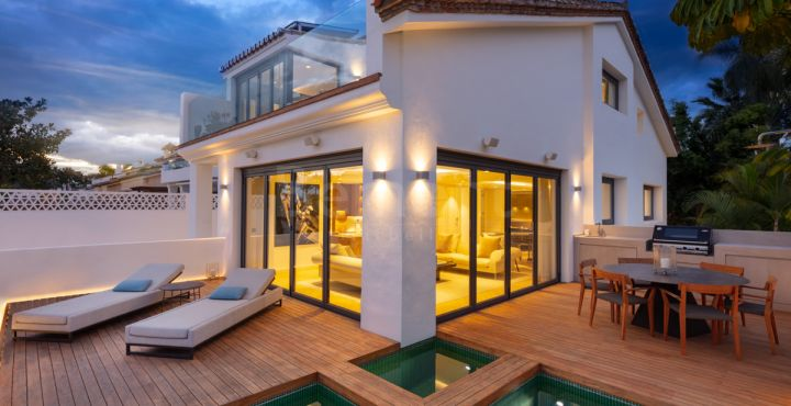 Spectacular opulent villa for sale in Puente Romano, Marbella Golden Mile