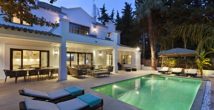Stunning Andalusian villa for sale in Marbella Golden Mile, Marbella