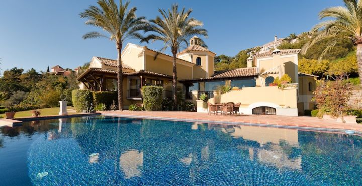 4-Bedroom traditional style villa for sale in La Zagaleta, Marbella West