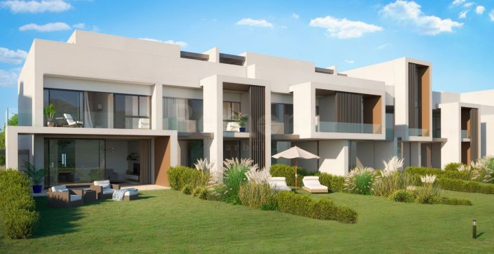 Contemporary front line golf townhouse in San Roque, Marbella West, Spain