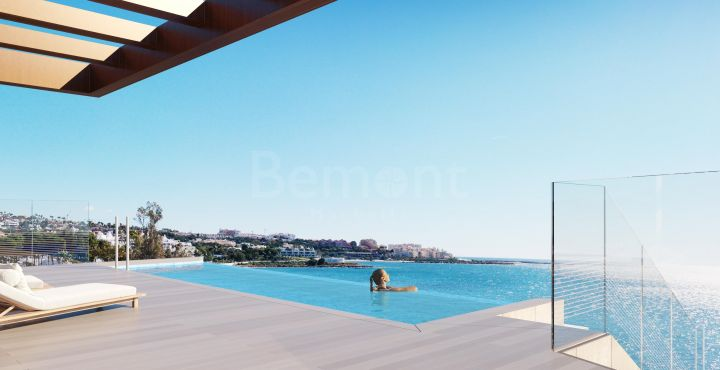Luxury front line beach penthouse for sale in Estepona, Marbella West