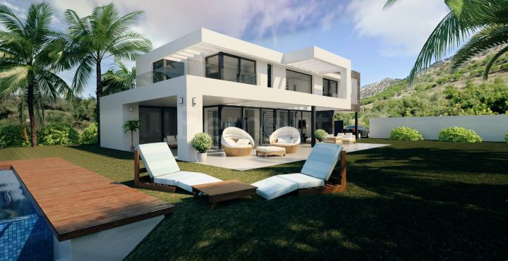 Exclusive villa for sale in Marbella East