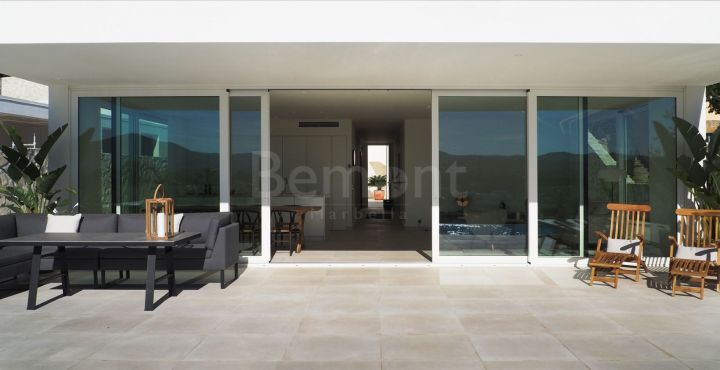 Scandinavian design houses for sale in Mijas Golf