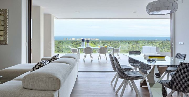 Contemporary penthouse for sale in Costa Blanca South