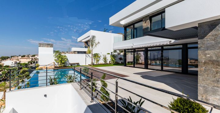 Brand new villa with sea views for sale in Finestrat, Spain