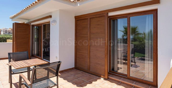 3 bedroom beachfront apartment for sale in Costa Blanca South