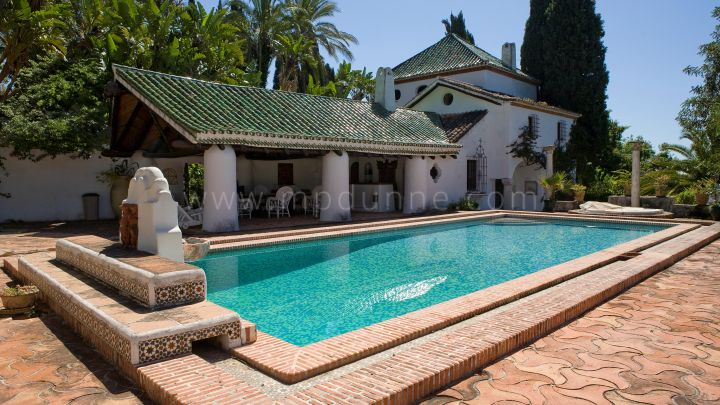 Estepona, Villa for sale in Estepona