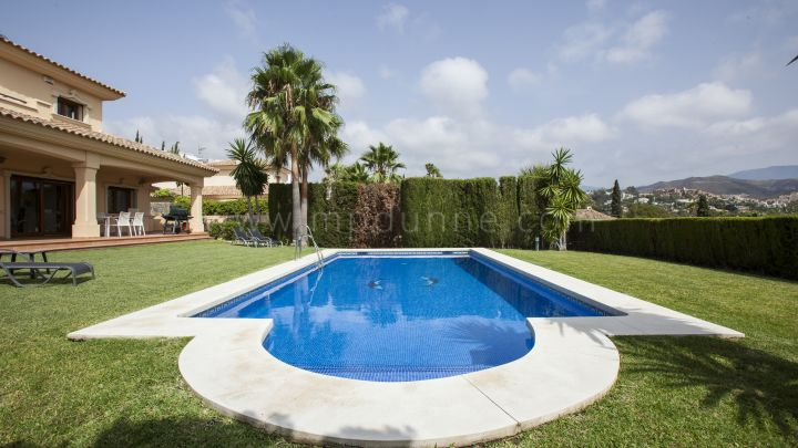 Nueva Andalucia, Nueva Andalucía, Marbella, Attractive 4 bed Villa for rent