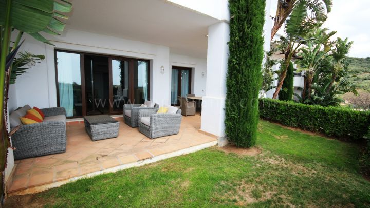 Casares, Beautiful apartment close to golf in Finca Cortesin