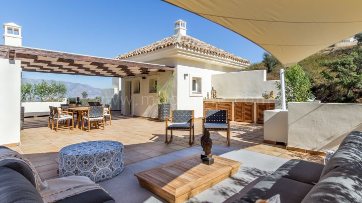 Marbella East, The Oakhill Private Estate, La Mairena two bed duplex apartments