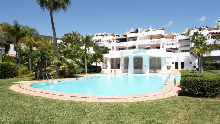 Benahavis, Lomas de la Quinta, Fantastic apartment with sea views