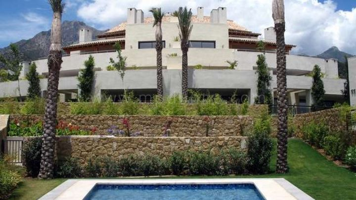 Marbella Golden Mile, Penthouse for rent in Imara, Marbella Golden Mile