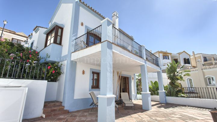 Benahavis, Heredia de Monte Mayor, Charming Townhouse for Sale with sea and mountain views