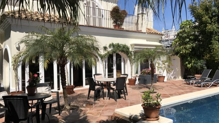 Marbella Golden Mile, Villa for sale in Casablanca, Golden Mile