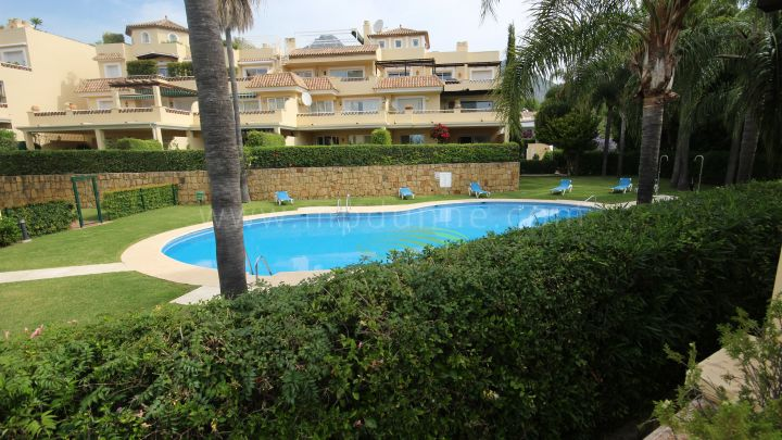 Marbella Golden Mile, Alta Vista 3 bedrooms, 2 bathrooms, Urb Arroyo De Las Piedras Nagueles, Marbella
