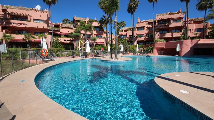 Estepona, Cabo Bermeja Estepona ground floor 2 bedrooms, 2 bathrooms