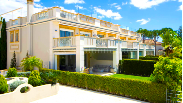 Marbella Golden Mile, Fabulous townhouse in Sierra Blanca