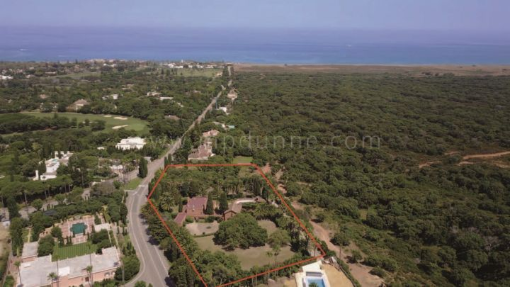 Sotogrande, Exceptional plot with sea views in Sotogrande