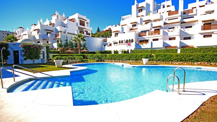 Estepona, Ground floor apartment Selwo Hills Estepona