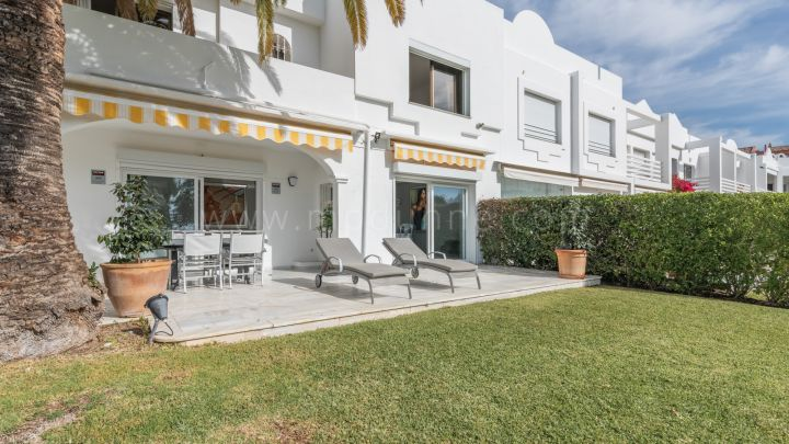 Nueva Andalucia, Front Line Golf Townhouse at Aloha Golf Marbella