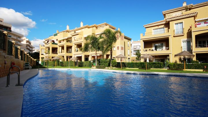 Mijas Costa, Good Value Fully furnished Two bedroom apartment in Riviera del sol, Mijas Costa