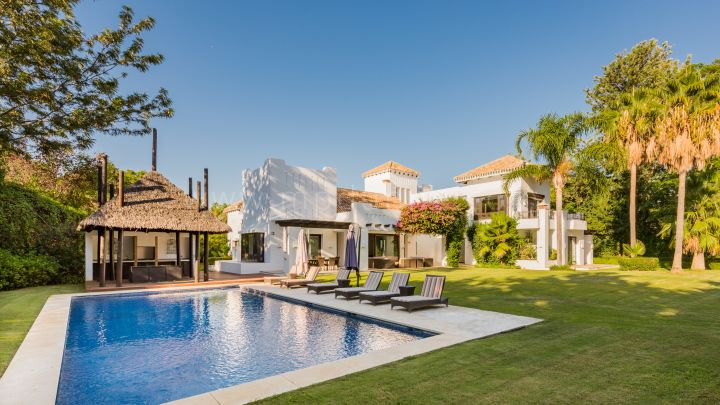 San Pedro de Alcantara, Luxury beachside Modern villa in Guadalmina Baja