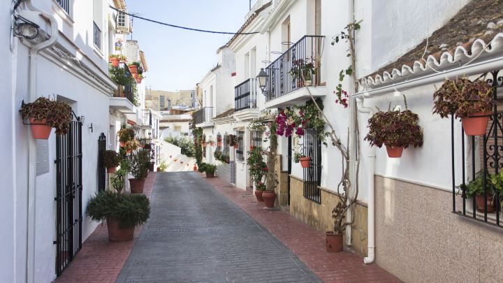 Estepona, Renovated house in Estepona center