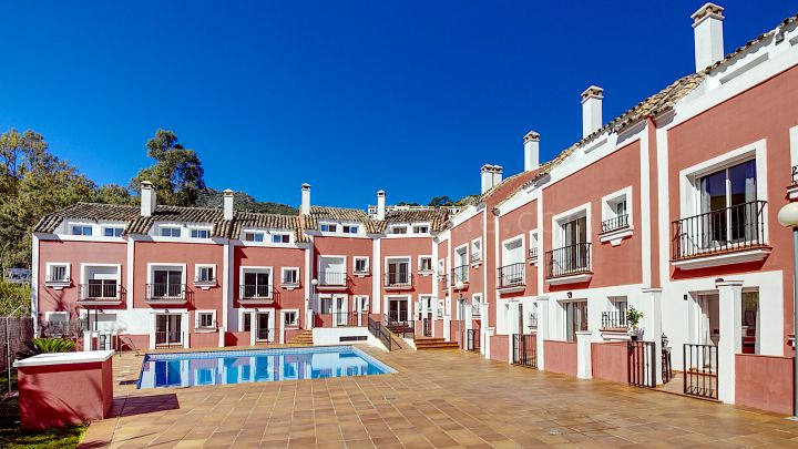 Benahavis, Fantastic Townhouses in Benahavís