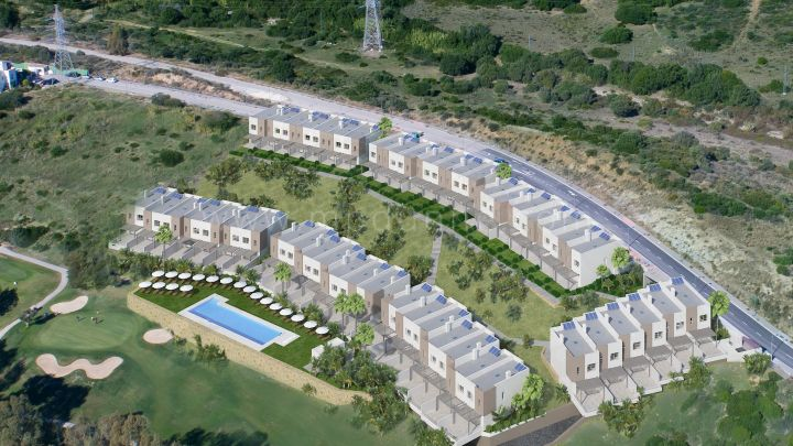 Estepona, Modern townhouses in Estepona Golf with golf and sea views.