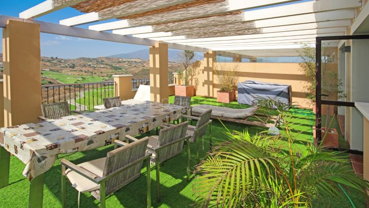 Mijas Costa, Two bedroom penthouse in Calanova Golf, La Cala de Mijas.