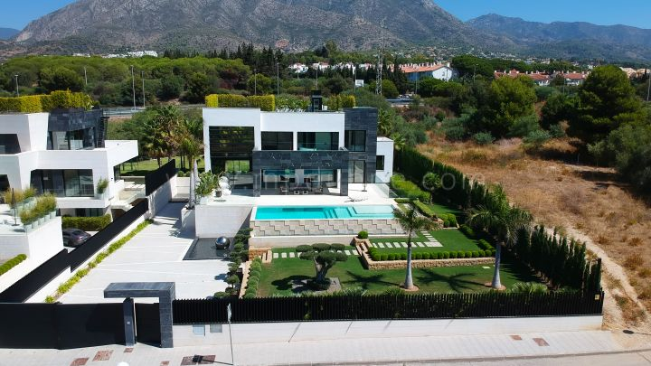 Marbella Golden Mile, New Built Modern Villa Golden Mile Marbella