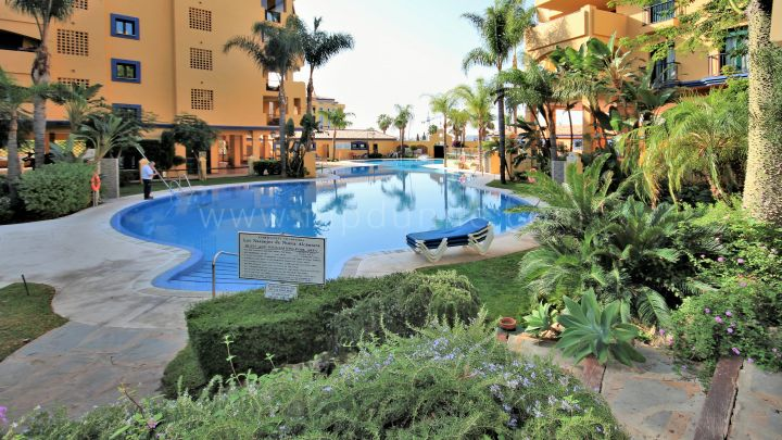 San Pedro de Alcantara, Beachside ground floor apartment in San Pedro