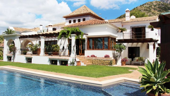 Marbella Golden Mile, 6 bedroom luxury villa for sale in Sierra Blanca, Marbella Golden Mile