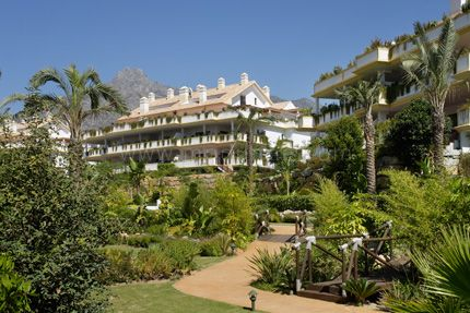 Lomas del Rey - Development in Lomas del Rey, Marbella Golden Mile