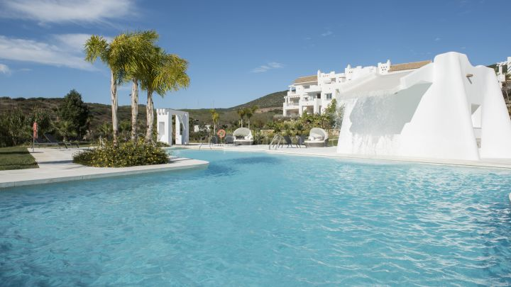 Alcazaba Lagoon - Development in Casares Playa, Casares