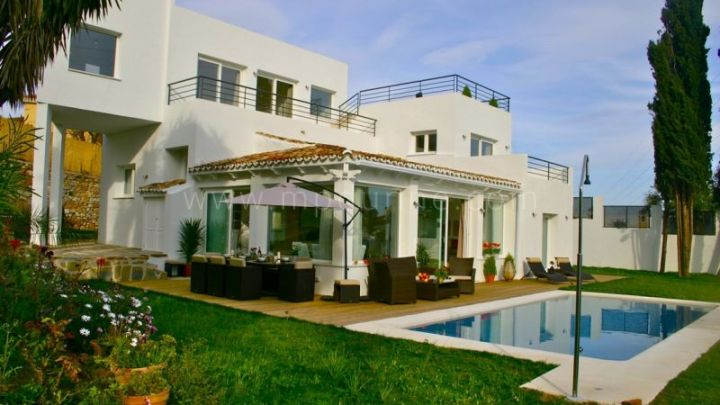 Marbella East, Charming modern villa for rent
