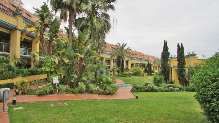 Marbella East, BEACH SIDE ground floor apartment