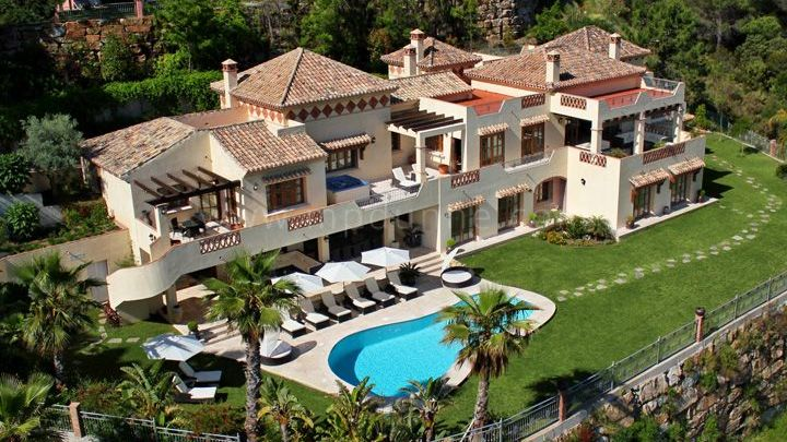 Benahavis, 7 Bedroom Villa for rent in el Madroñal, Benahavís