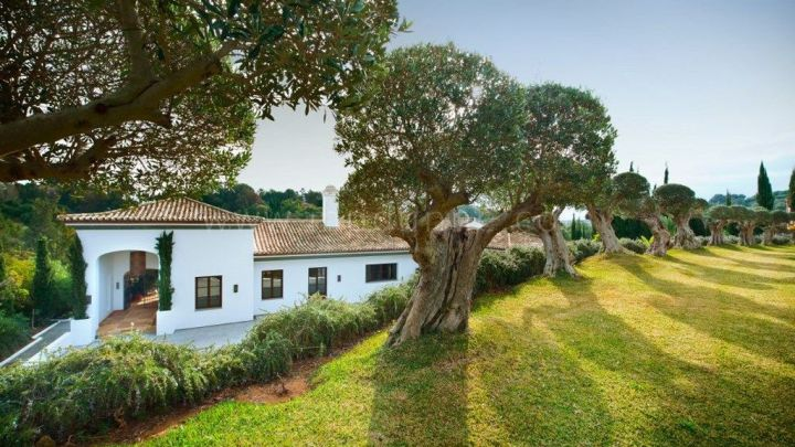 Sotogrande, Spectacular Mountain side villa in the heart of Sotogrande