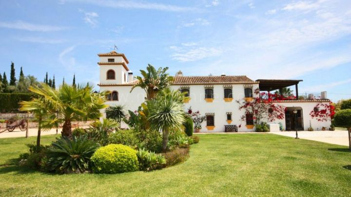 Mijas Costa, 7 Bedroom Finca for sale in Mijas Golf