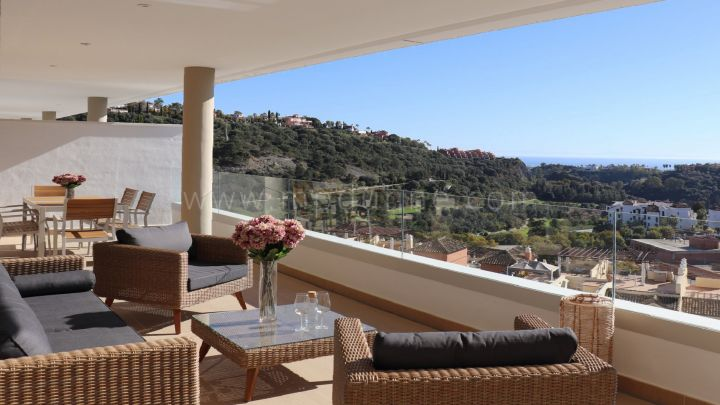 Benahavis, Contemporary three bedroom Apartment in Botanic, Benahavis