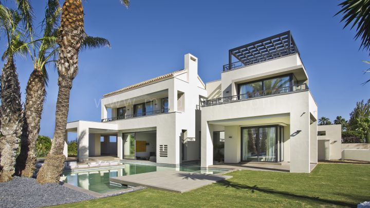 Estepona, New Build Contemporary Villa Second line Beach at Guadalmina