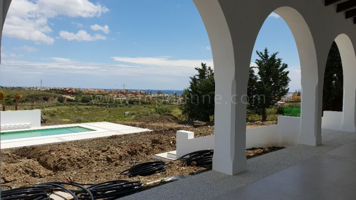 Cortijo close to the beach in New Golden Mile