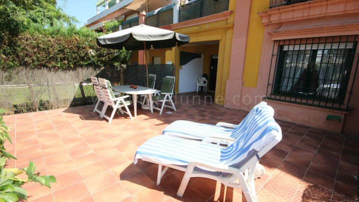 Estepona, Ground floor apartment in New Golden Mile, Estepona