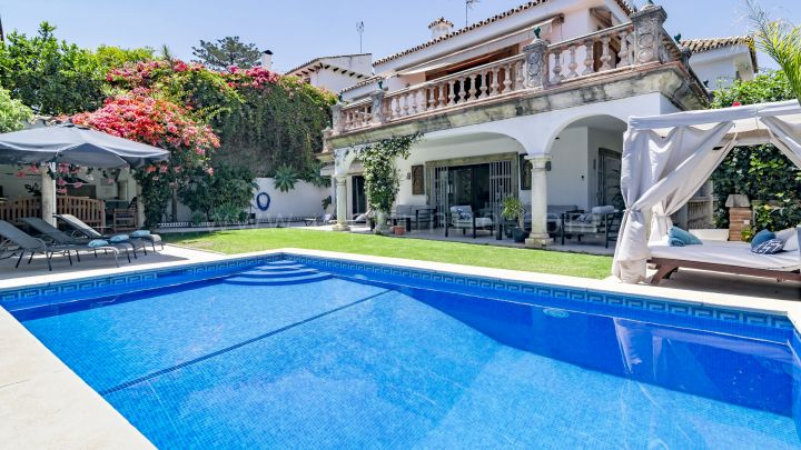 Marbella City, Family villa for sale in Marbella center