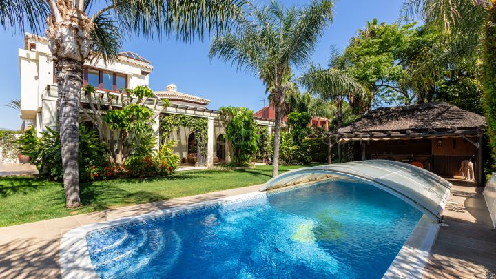 San Pedro de Alcantara, Elegant six bedroom detached villa in San Pedro Beachside.