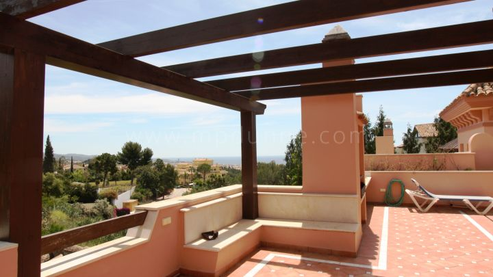 Marbella Golden Mile, Semi-detached four bedroom villa in Marbella Golden Mile.