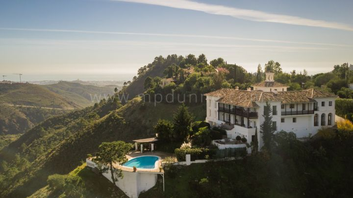 Benahavis, Andalusian Cortijo Style property amongst the stunning countryside of El Madroñal