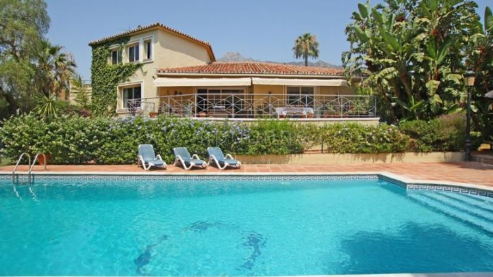 Marbella Golden Mile, Beautiful family home in Rocio de Nagüeles