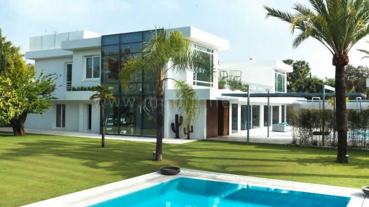 San Pedro de Alcantara, Contemporary seven bedroom villa in Guadalmina Baja